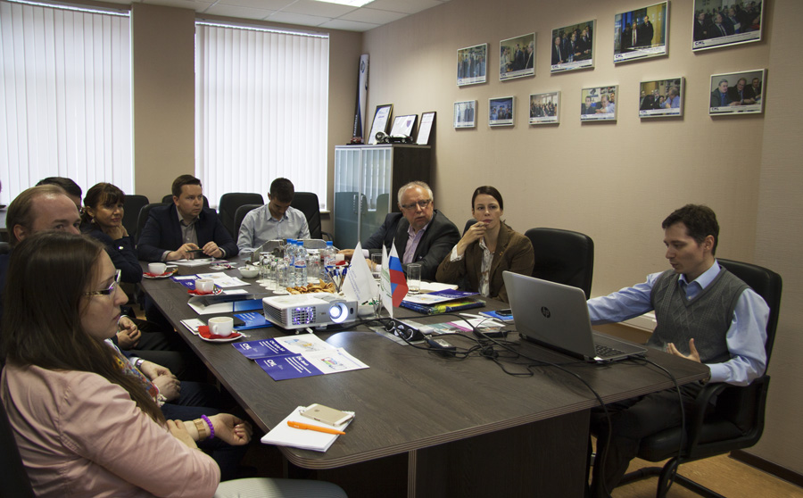 Picture: Anton Aleksashkin, Head of Computer-Aided Engineering Technology Transfer Department of the SPbPU Center of Computer-Aided Engineering, presentation (rightmost)