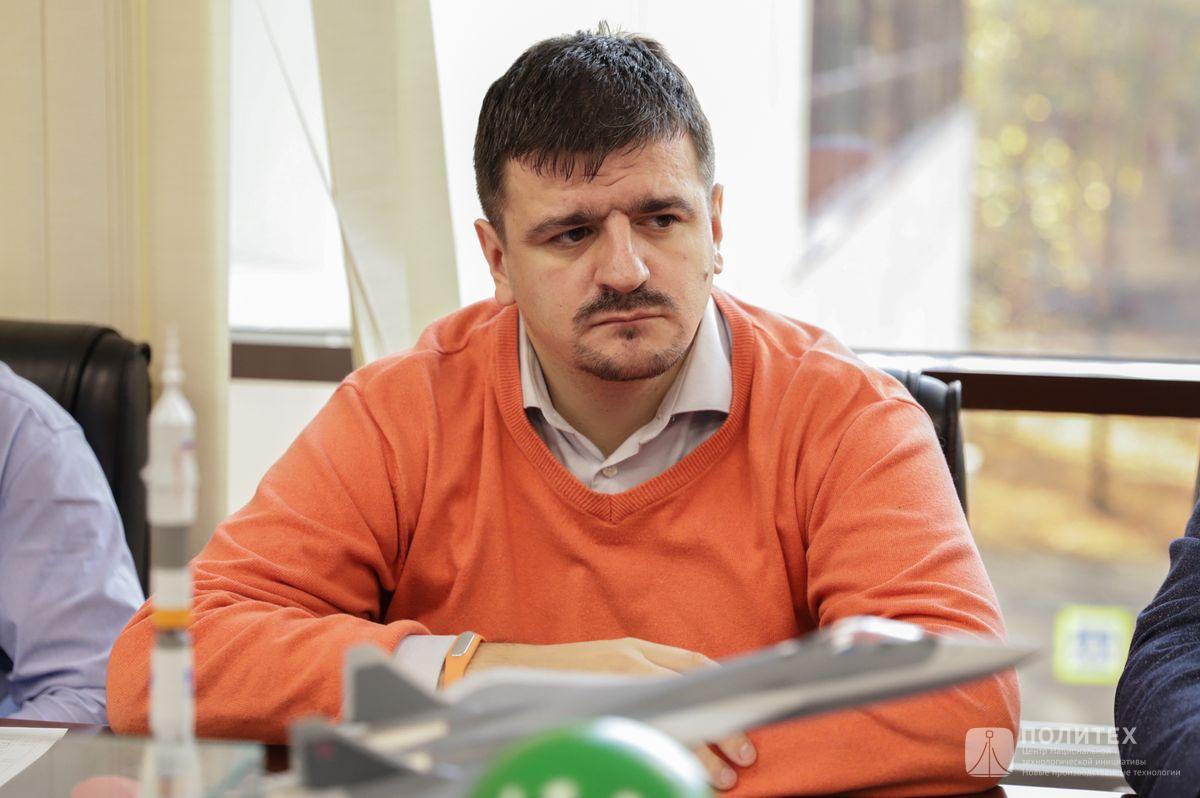 011 - Центр НТИ СПбПУ с рабочим визитом посетил генеральный директор НПО «Центротех» Илья Кавелашвили