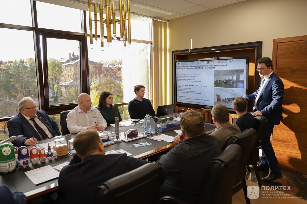 013 - Центр НТИ СПбПУ с рабочим визитом посетил генеральный директор НПО «Центротех» Илья Кавелашвили