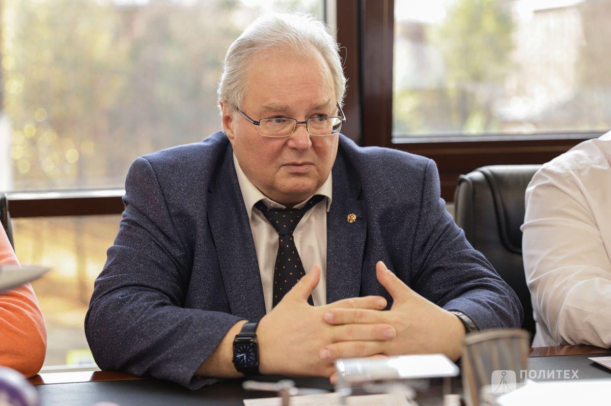 05 - Центр НТИ СПбПУ с рабочим визитом посетил генеральный директор НПО «Центротех» Илья Кавелашвили